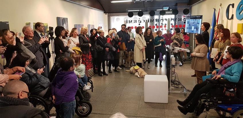 Imagen durante el acto celebrado por CERMI Mujeres con la lectura del manifiesto del Día de la mujer