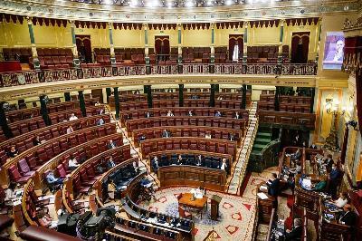 Congreso de los Diputados casi vacío en tiempo de pandemia