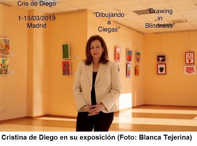 Cristina de Diego en la exposición de su obra