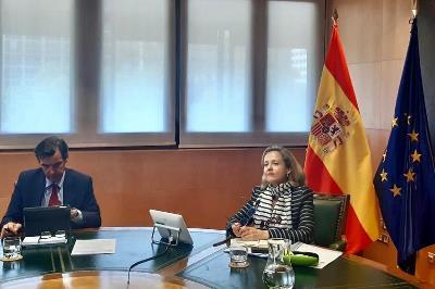 La vicepresidenta Nadia Calviño participando en una reunión de ministros de Economía y Finanzas europeos