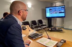 Imagen durante la reunión telemática mantenida por Ignacio Álvarez, secretario de Estado de Derechos Sociales con la sociedad civil