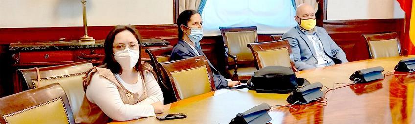 Representantes de CERMI y FCM en el congreso