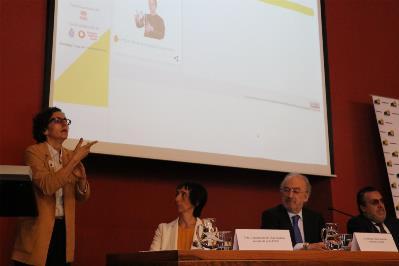 María Aránzazu, durante la presentación del diccionario en la RAE.