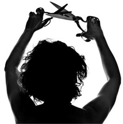 """Imagen recortada de 'No cortes alas', de Juan Manuel Sánchez, de la exposición del l Concurso Generosidad """"No más Esterilizaciones"""""""