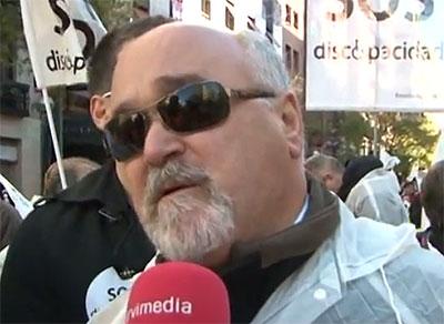 Yannis Vardakastanis, durante su participación en la marcha