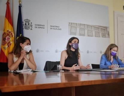 CERMI Mujeres participa en el encuentro convocado por la ministra de Igualdad para la mejora y modernización de las actuaciones contra la violencia de género