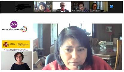 Olga Montúfar, miembro de la Red Global de Indígenas con Discapacidad, en primer plano, junto a los demás participantes en el webinario