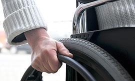 Usuario de silla de ruedas