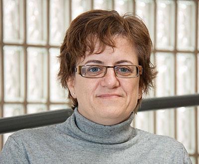 Marta Valencia, miembro de la Comisión del CERMI estatal