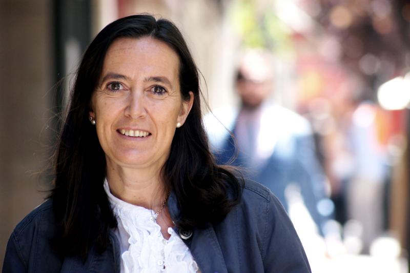 """Esther Trujillo, consultora en Responsabilidad Social y autora de """"La sociedad que no quería ser anónima"""""""