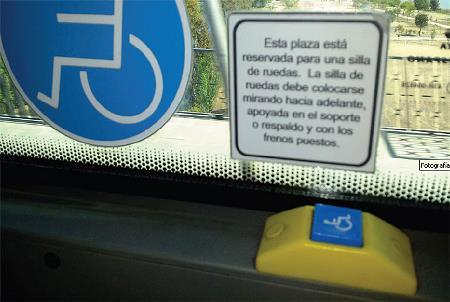 Plaza adaptada en un autobús