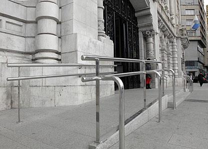 Fachada accesible de un ayuntamiento