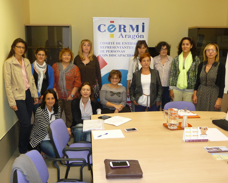 Imagen de la Comisión de Mujer del CERMI-Aragón tras una reunión