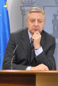 José Blanco, ministro de Fomento y ministro Portavoz del Gobierno, durante la rueda de prensa posterior al Consejo de Ministros