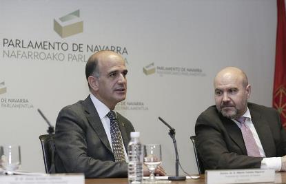 Alberto Catalán, Presidente del Parlamento y Luis Cayo Pérez Bueno, presidente del CERMI y de la Fundación Derecho y Discapacidad