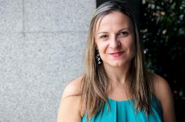 Elena Díez Funchal, periodista y autora de 'El reflejo de la mujer en el espejo de la discapacidad'