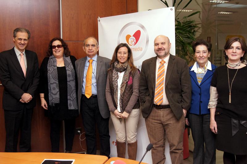 Foto de familia de la mesa redonda del CERMI sobre la LOMCE