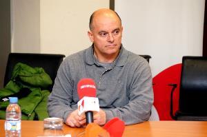 Joaquín Serrano, adaptador de vehículos