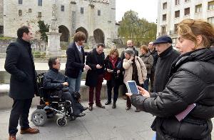 El Ayuntamiento de Santander y la Comisión de Accesibilidad de CERMI Cantabria comprueban la operatividad del Proyecto GPMESS