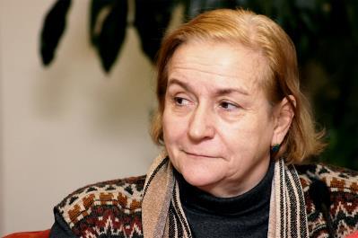 Roser Romero, secretaria de organización de Cocemfe y presidenta de la Comisión para la Autonomía Personal del CERMI