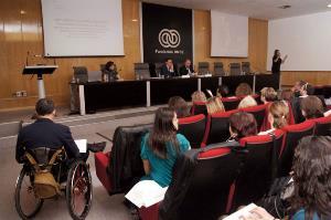 Sala donde se celebró la Jornada 'Ampliando la representación política - Códigos de acceso. Más personas con discapacidad en las formaciones políticas y en las candidaturas electorales'