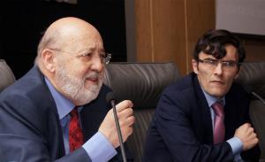 José Félix Tezanos, catedrático de Sociología de la UNED y Alberto Durán, secretario general del CERMI