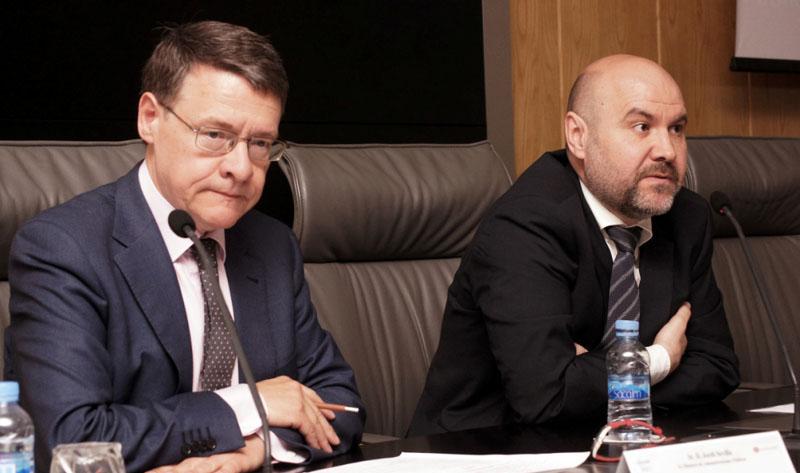 Jordi Sevilla, ex ministro de Administraciones Públicas y Luis Cayo Pérez Bueno, presidente del CERMI
