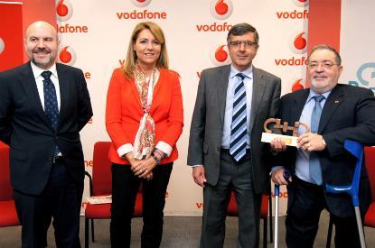 COCEMFE y Fundación Vodafone España reciben el Premio Cermi.es a la Mejor Acción en beneficio de las mujeres con discapacidad