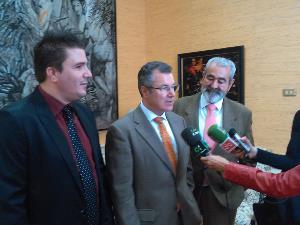 El CERMI Canarias presentó la solicitud de creación de la Comisión de Discapacidad en el Parlamento Canario