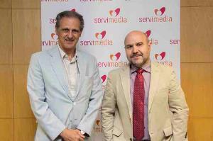 """Luis Cayo Pérez Bueno, presidente del CERMI, y José Manuel González Huesa, director de """"cermi.es semanal"""" y director general de Servimedia"""
