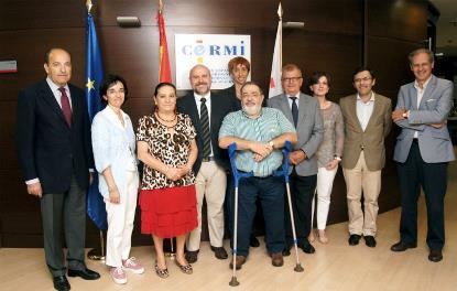 Foto de familia del jurado de los Premios cermi.es 2014