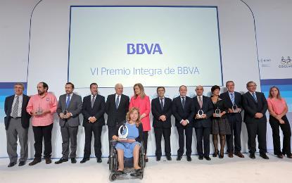 Foto de familia del VI Premio Integra